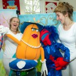 Planet Munch – Savour the Flavour - A tasty puppety treat.