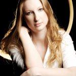 Caroline / Caroline Tyler, concert pianist